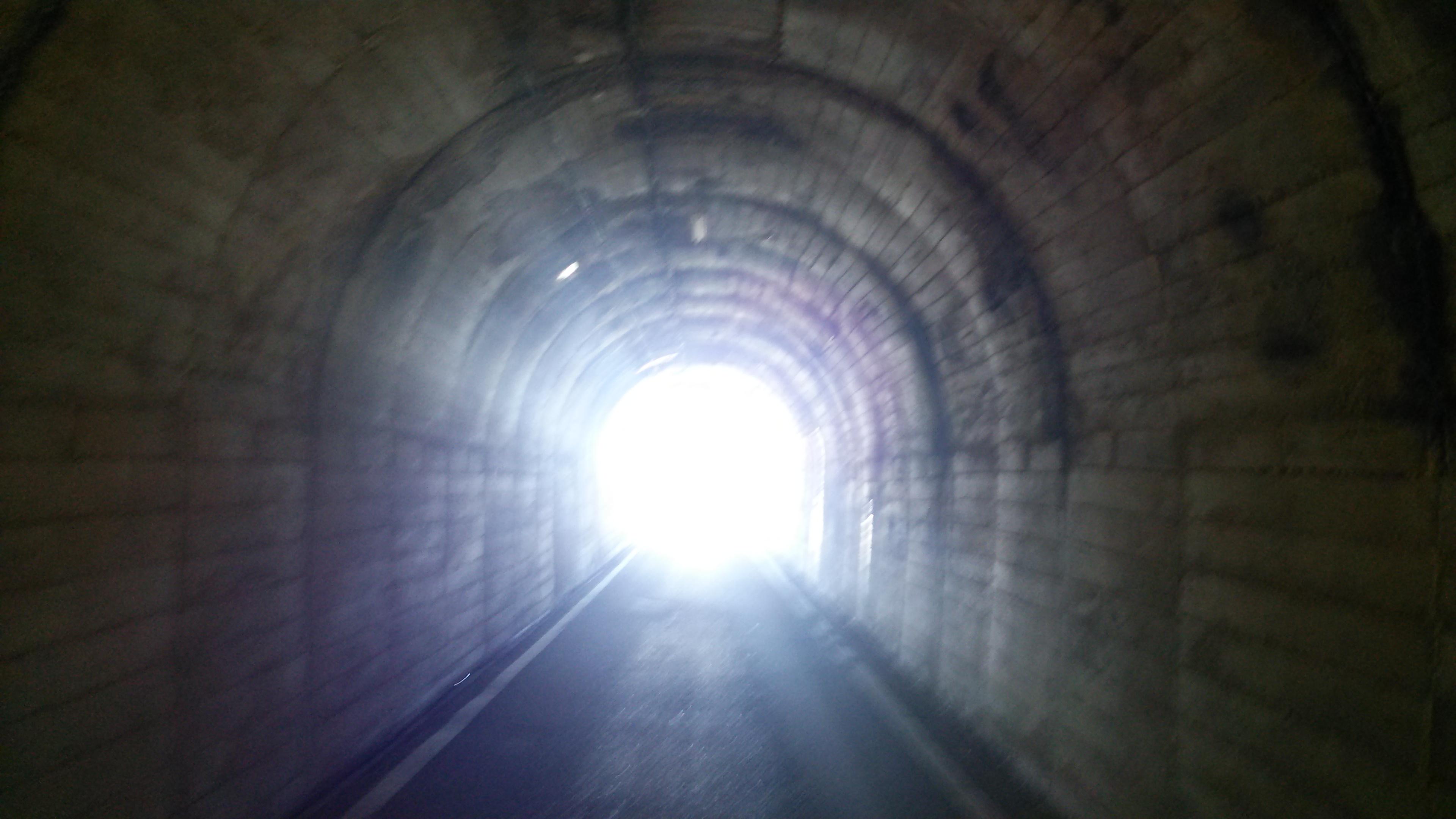 青森県の海底に浦島太郎が行ったとされる竜宮城だったと言われる無数の海底遺跡の人工物があるのは何故!?