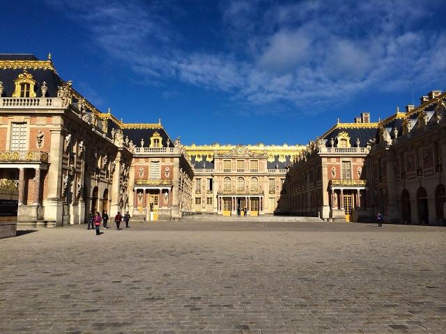 実はベルサイユ宮殿には貴族の幽霊が出るミステリースポット!?